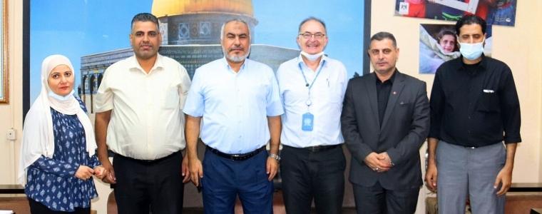 التنمية الاجتماعية تشيد بجهود مدير برنامج الأغذية العالمي تجاه فقراء غزة .